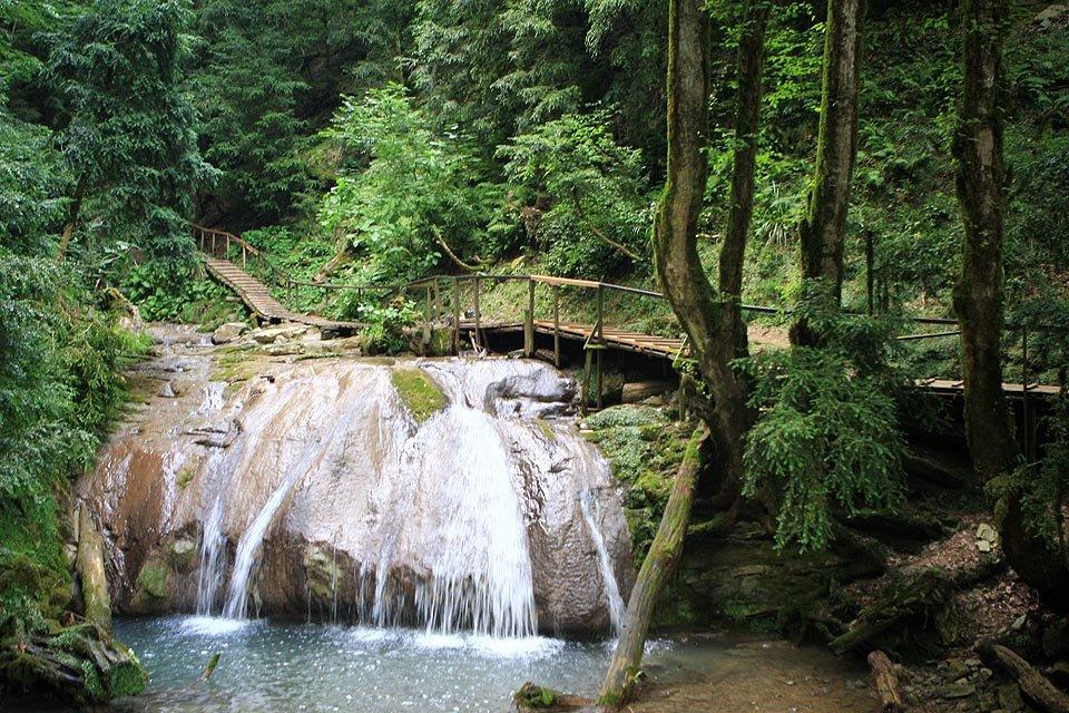 Фото 33 водопада. Россия, Краснодарский край, Лазаревский, улица Ачмизова, 133