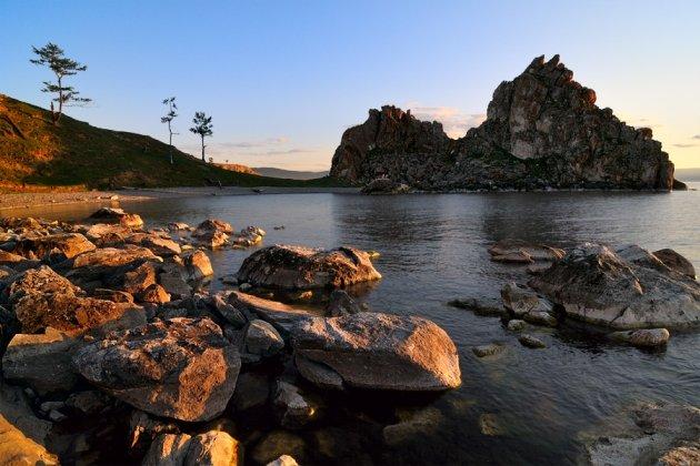 Фото Скала Шаманка. Россия, Иркутская область