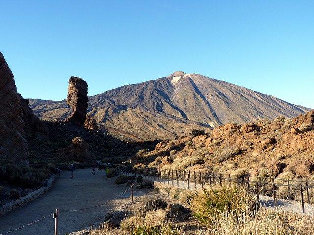 Фото Скалы де Гарсия. Испания, Canarias, La Orotava, TF-21