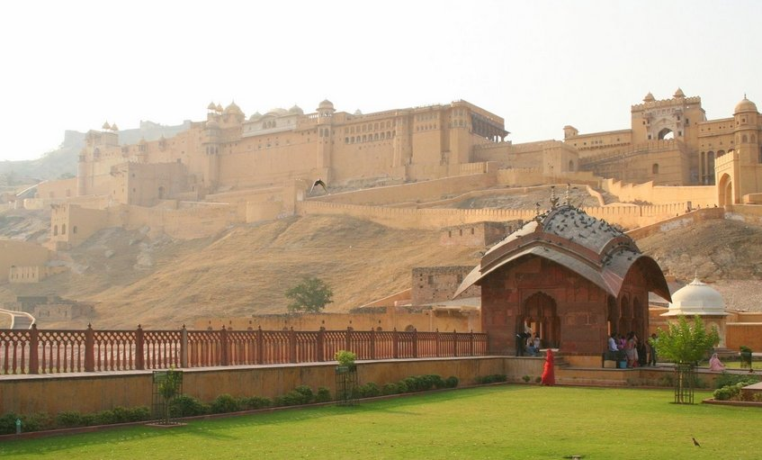 Фото Форт Амбер. Индия, Раджастхан, Devisinghpura, Amer Road - Downhill