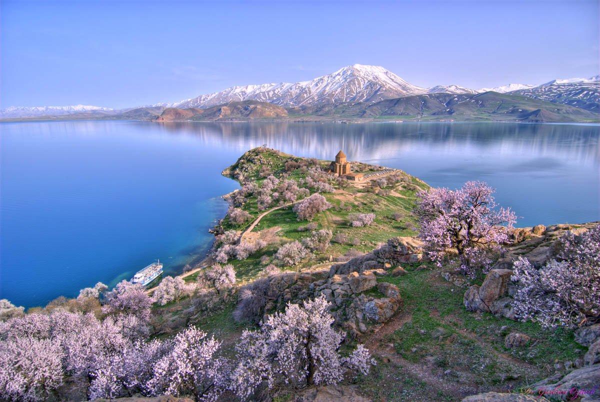 Фото озеро Севан. Армения, Gegharkunik, M14
