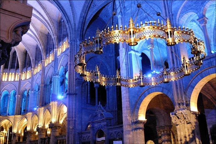 Фото Аббатство Святого Ремигия. Франция, Champagne-Ardenne, Reims, Place Lenoncourt