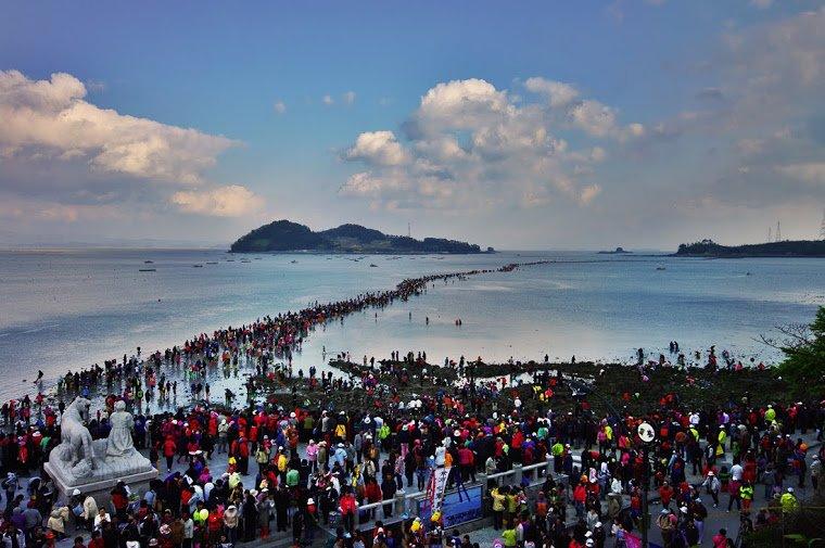 Фото Чудо Моисея. Южная Корея, Чолла-Намдо, Jindo-gun, Uisin-myeon