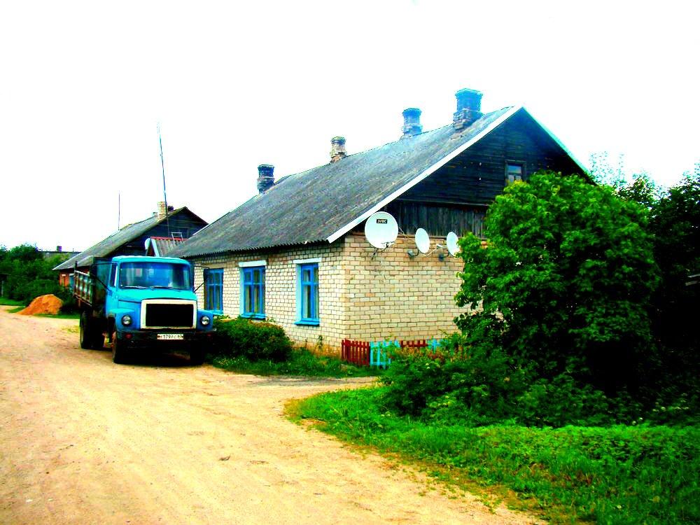 Фото ул. Моисеенко д.36. Россия, Псковская область, Unnamed Road