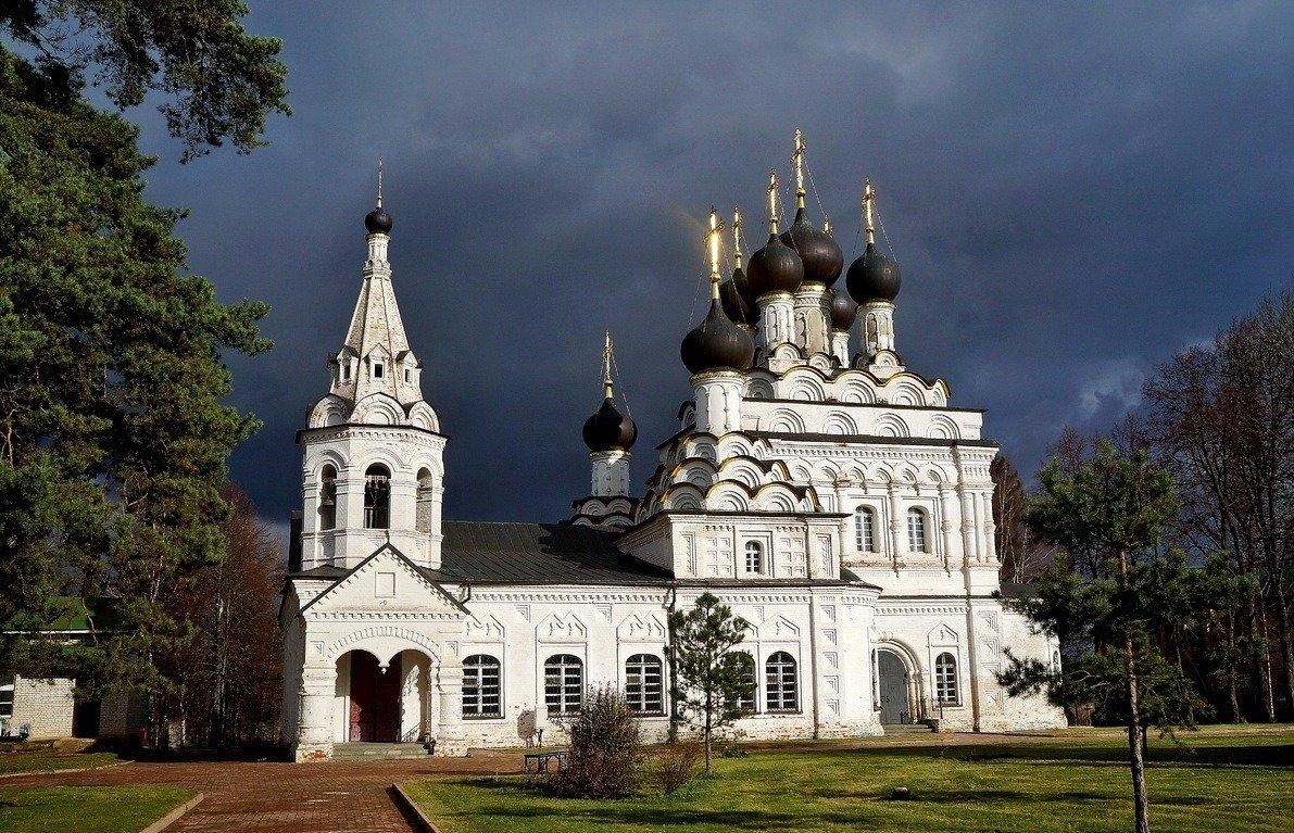 Фото Троицкий Александро-Невский монастырь. Россия, Московская область, Акатово, Unnamed Road