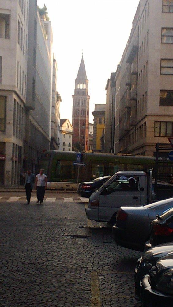 Фото Не далече от отеля и грехи отпускают.jpg. Италия, Lombardia, Milano, Via Alberico Albricci, 2