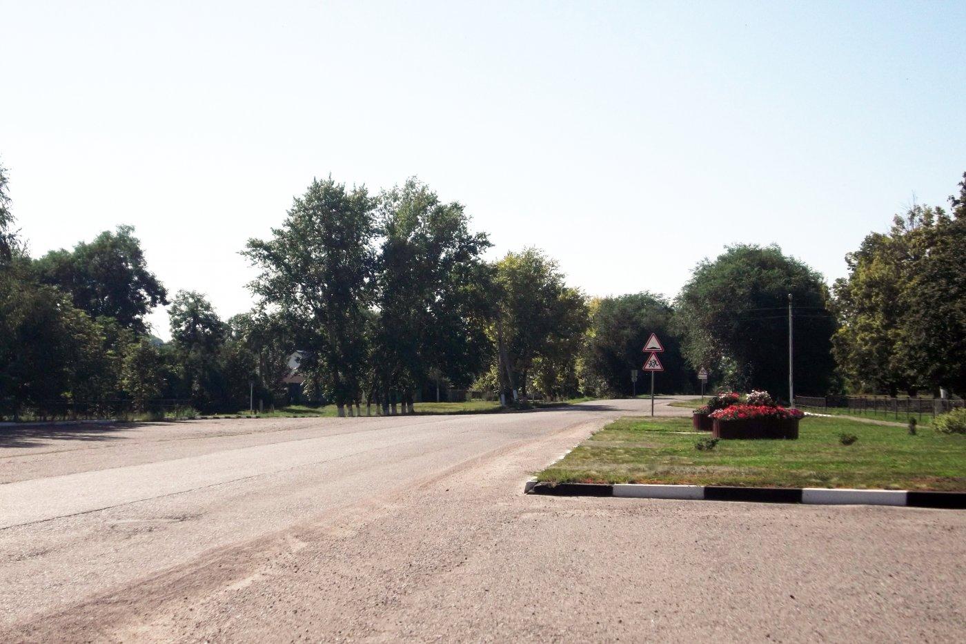 Фото Центр .. Россия, Белгородская область, Р187