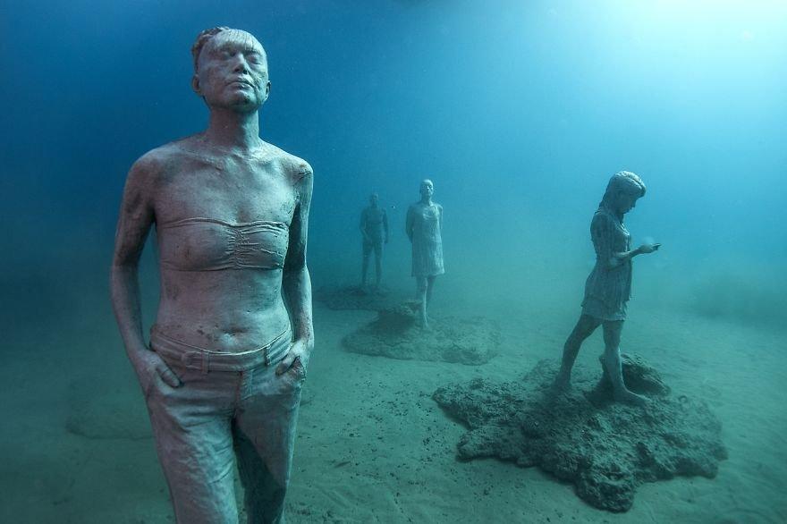Фото Подводный музей Atlantico. Испания, Canarias, Playa Blanca, Paseo Maritimo