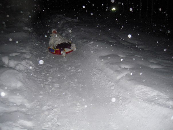 Фото снежные горки и катание на ватрушке. Россия, Ленинградская область, Новая Слобода, Unnamed Road