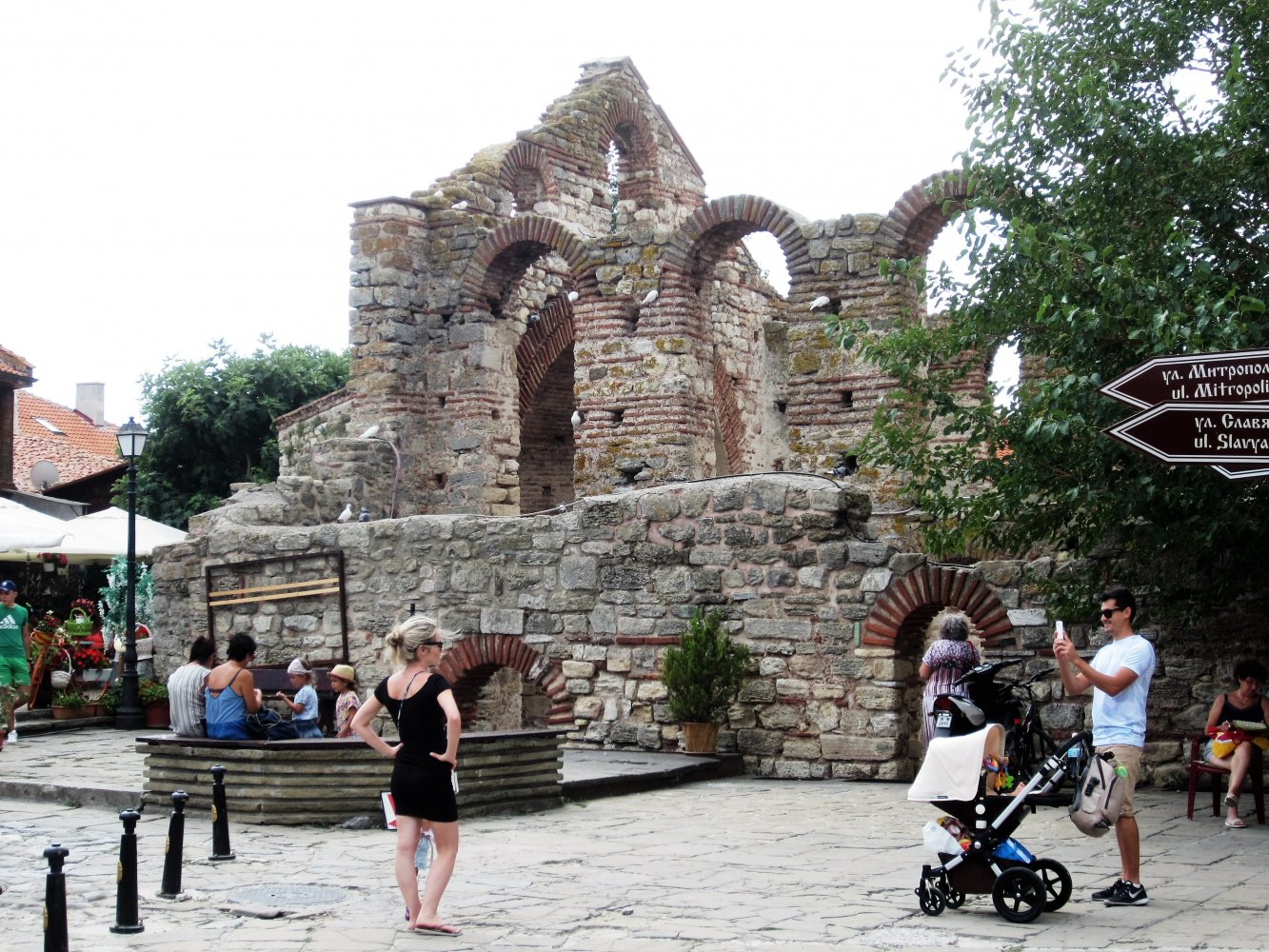 Фото У развалин церкви Святой Софии. Болгария, Бургас, Несебър, 22