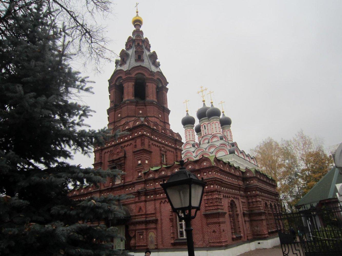 Фото 1.jpg. Россия, город Москва, Рябиновая улица, 18