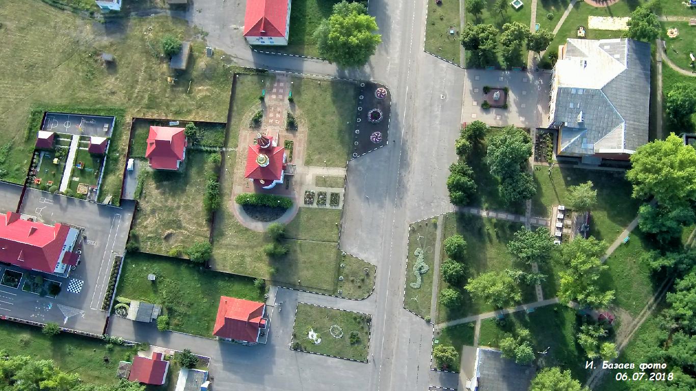 Фото с. Белый Колодезь центр. Россия, Белгородская область, Р187