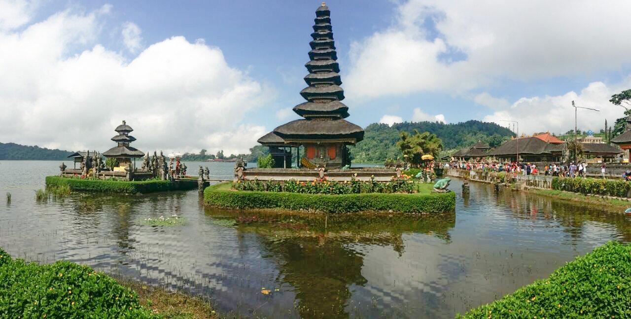 Фото 372.jpg. Индонезия, Bali, Jalan Raya Candi Kuning-Bedugul