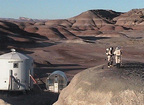 Фото Марсианская станция. Соединенные Штаты Америки, Юта, Ханксвилл, Unnamed Road