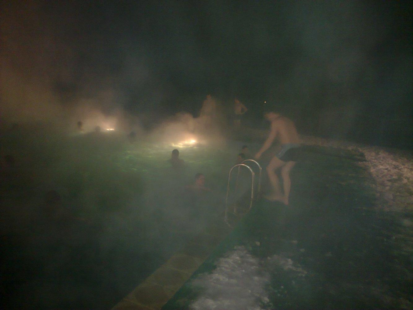 Фото бассейн с термальной водой в пос. Беловский. Россия, Ставропольский край, Кочубеевское, улица Ольгинская