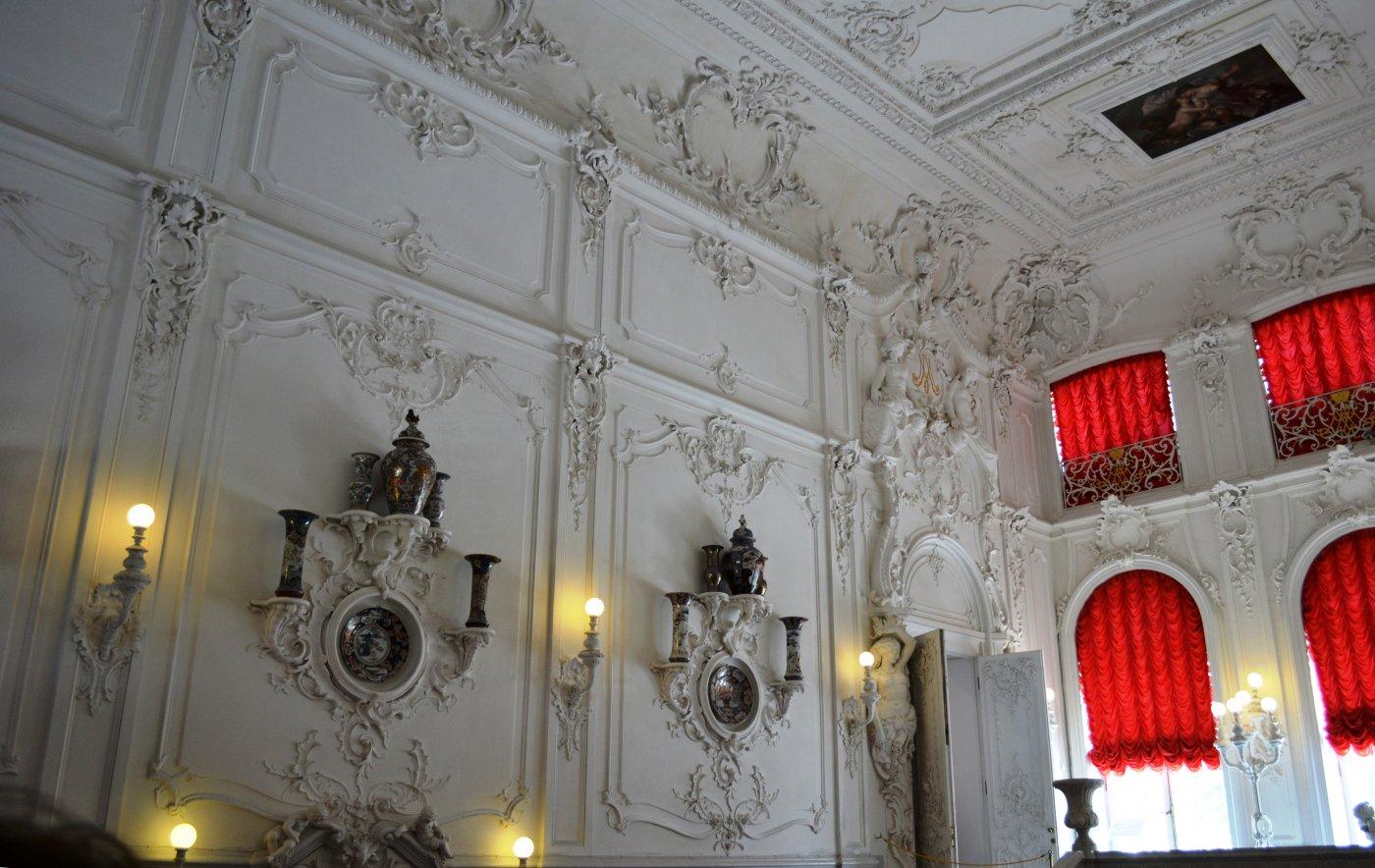 Дворец в пушкино санкт-петербург фото интерьера люстра