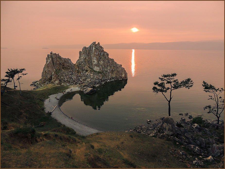 Фото Бурхан вечером. Россия, 666137
