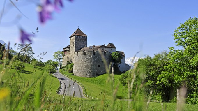 Фото Замок Вадуц. Лихтенштейн, Вадуц, Фюрст-Франц-Йозеф-штрассе, 150
