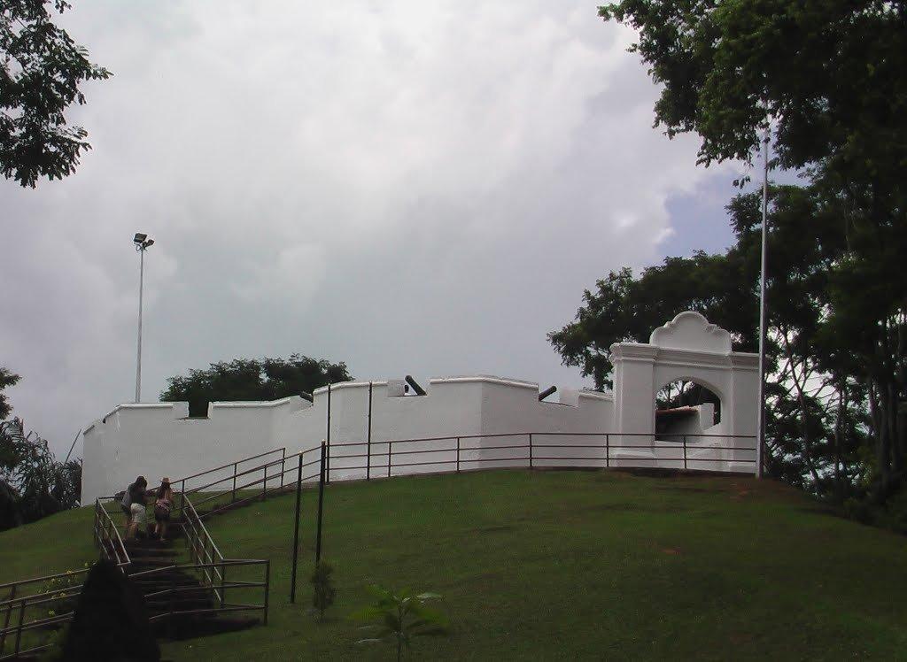 Фото Форт Св. Иоанна, Малакка, Малайзия. Малайзия, Мелака, Малакка, Jalan Bukit Senjuang