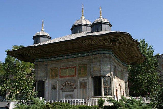 Фото Фонтан Ахмеда III. Турция, Стамбул, Топкапы
