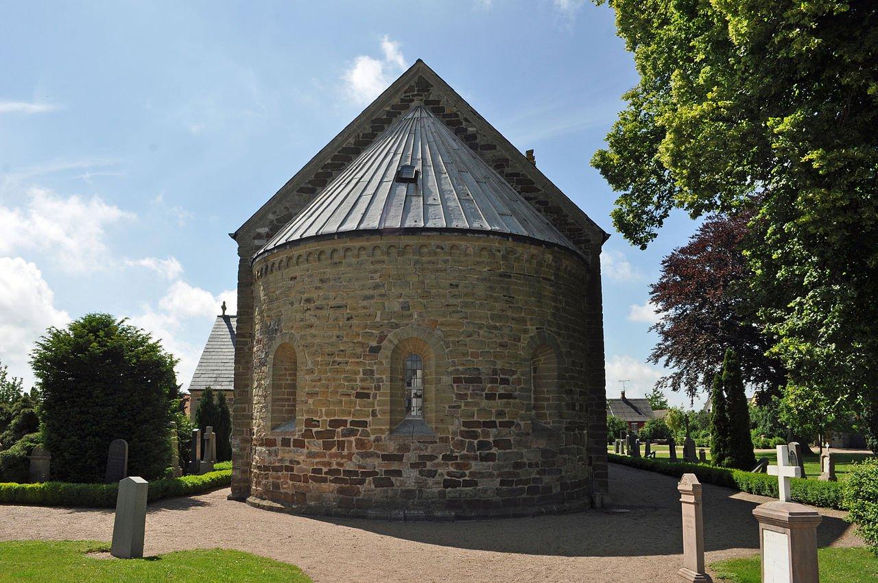 Фото Церковь Аа. Дания, Akirkeby, Storegade, 2K