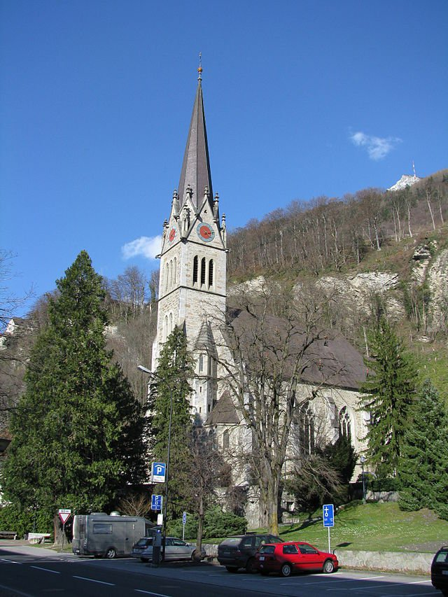Фото Кафедральный собор Вадуца. Лихтенштейн, Вадуц, Санкт Флоринсгассе, 7