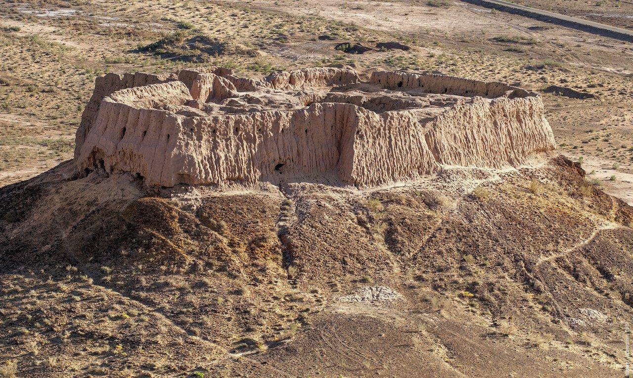 Фото Крепость. Узбекистан, Republic of Karakalpakstan, R-183