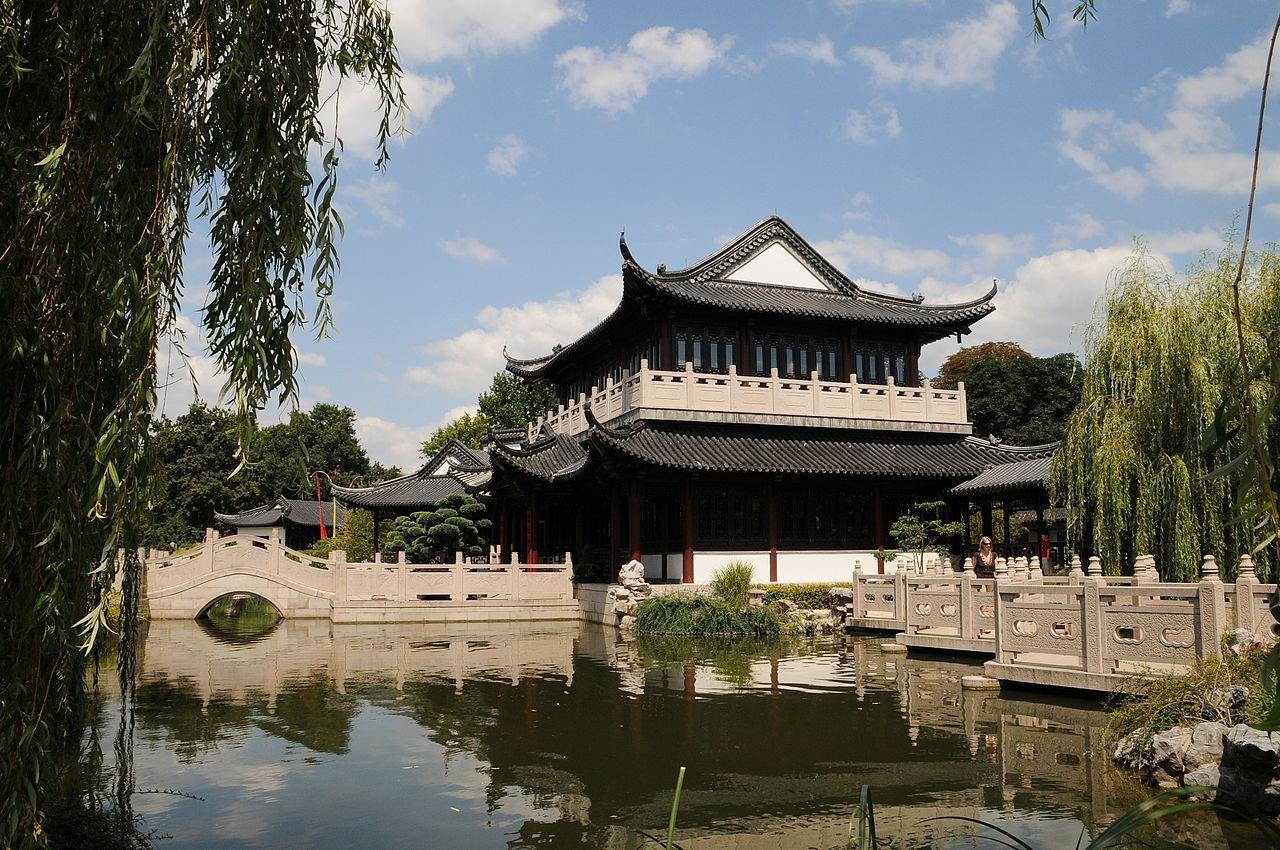 Фото Китайский чайный дом. Германия, Baden-Wurttemberg, Mannheim, Hans-Reschke-Ufer, 4