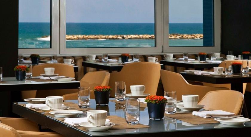 Фото Отель. Израиль, Tel Aviv District, Tel Aviv-Yafo, Ha-Yarkon Street, 99-101
