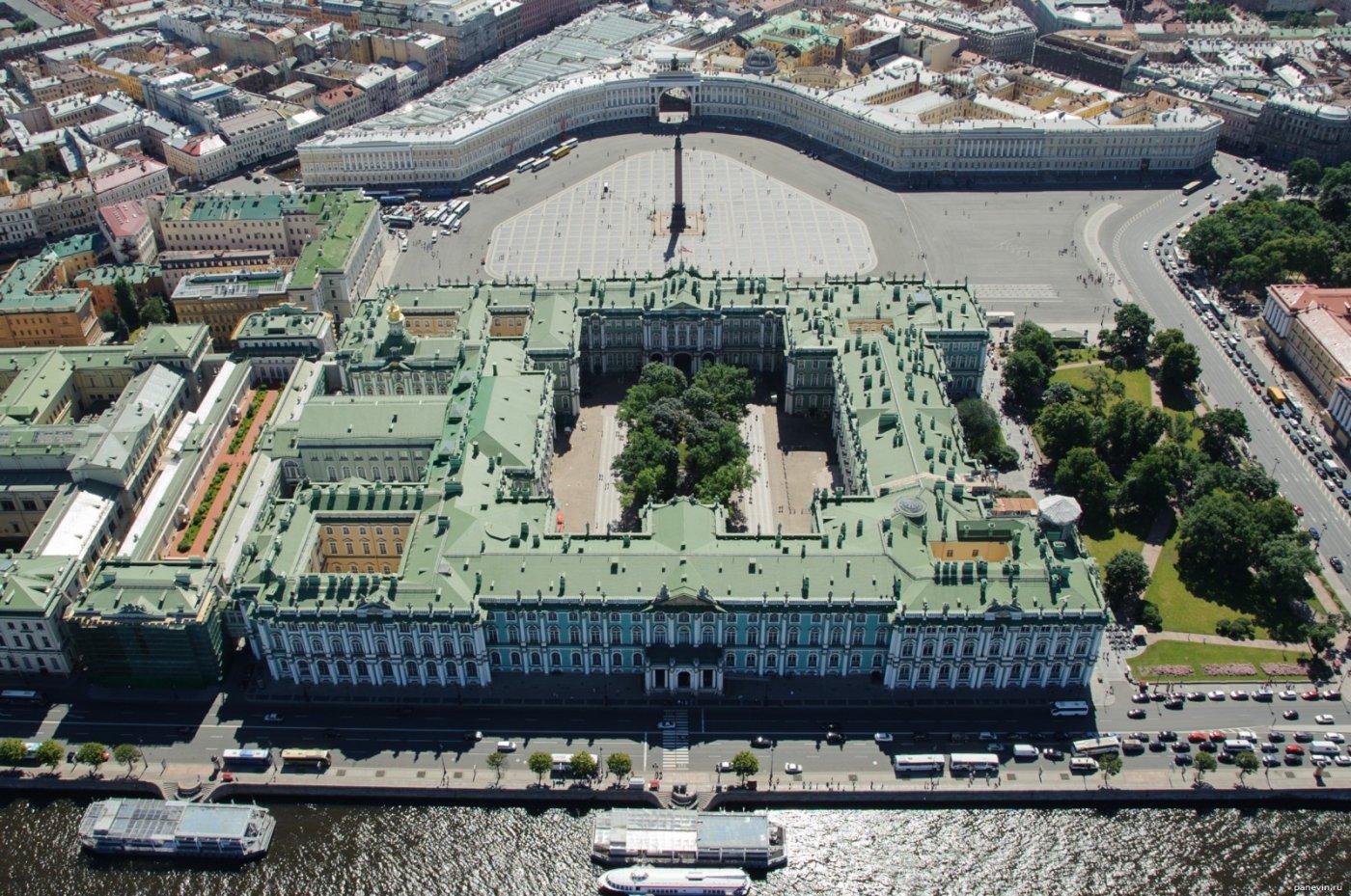 Фото Зимний с воздуха. Россия, город Санкт-Петербург, Дворцовая набережная, 34