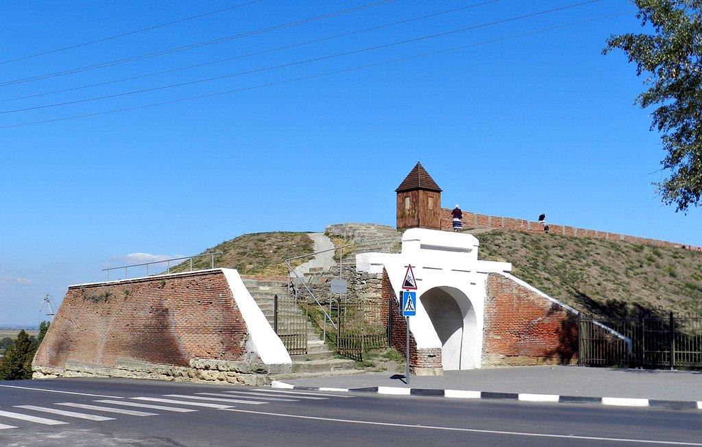 """Фотография 1 - """" азовская крепость"""", место сьемки - азовская."""
