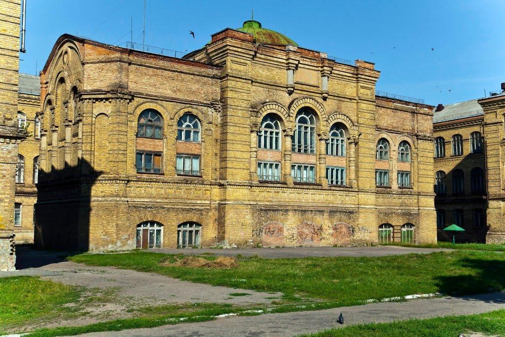 Фото Бывшее епархиальное училище. Украина, Полтавська область, Лубни, вулиця Олега Кошового