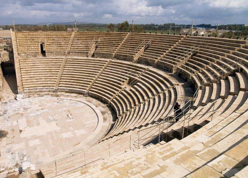 Фото Римский театр. Израиль, Haifa District, Caesarea, Israel National Trail