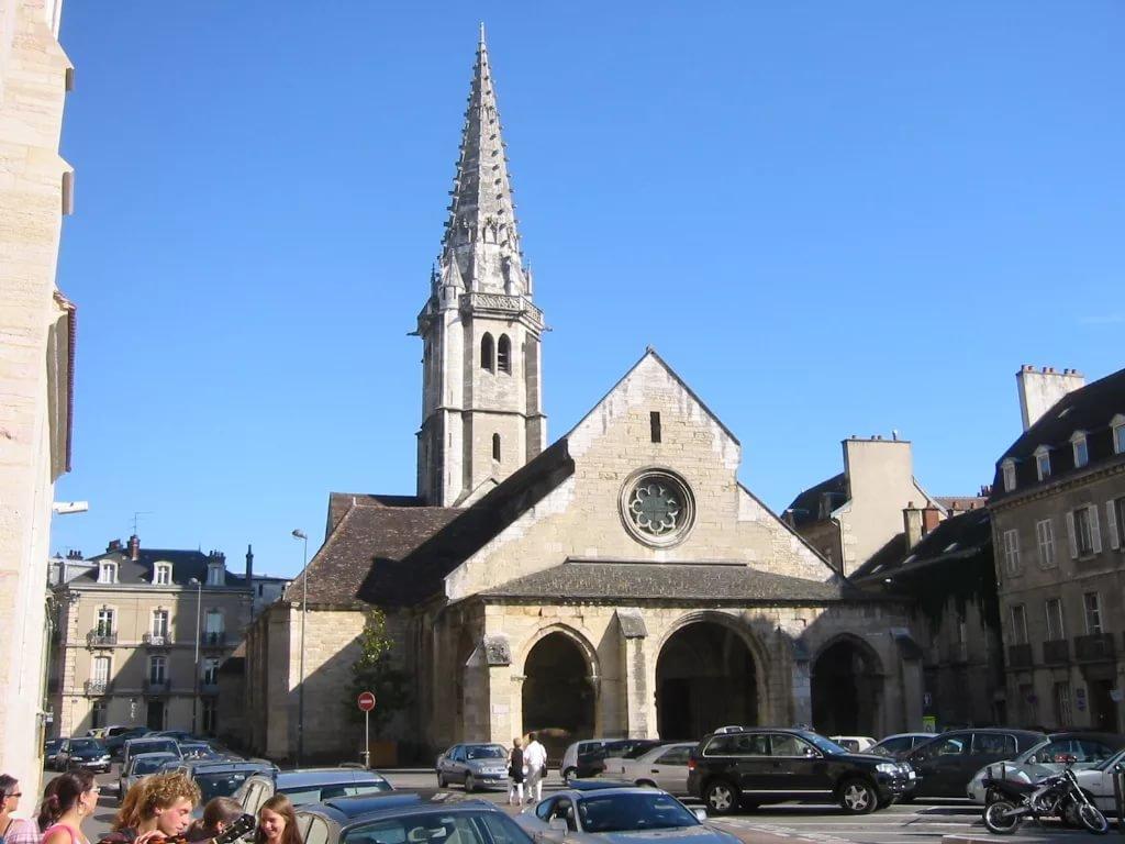 Фото Церковь Святого Филиберта.