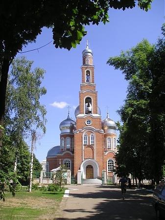 Церковь червона гребля