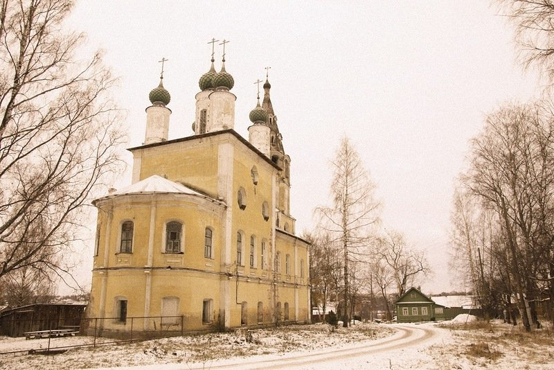 Фото Спасо-Архангельская церковь.