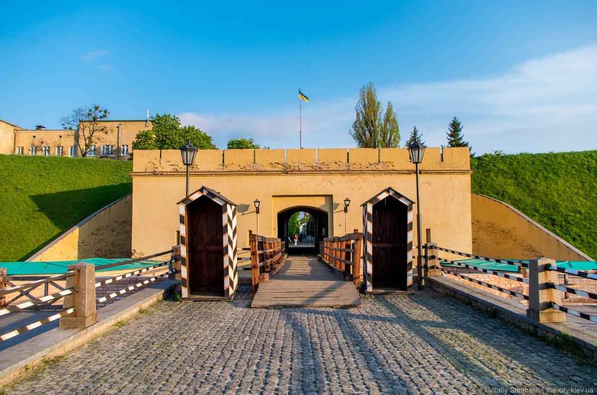 Фото крепость. Украина, Киев, Печерский район, улица Госпитальная, 18