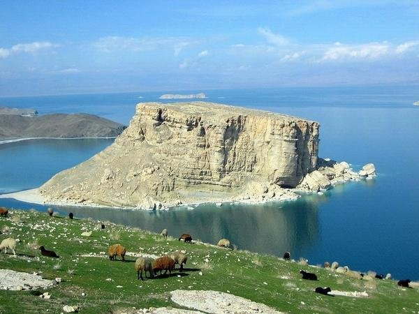 Фото  №1. Иран, West Azerbaijan, Govarchin Ghalea