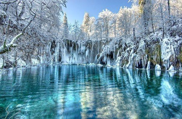 Фото Плитвицкие озера, Хорватия. Зимой. Хорватия, Licko-senjska zupanija, Plitvicki Ljeskovac, Unnamed Road