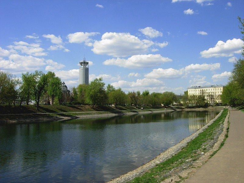 Сквер Новоспасского монастыря