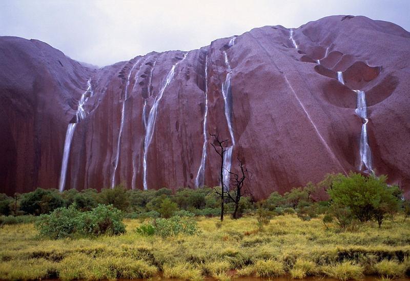 uluru - 10 причин поехать в Австралию