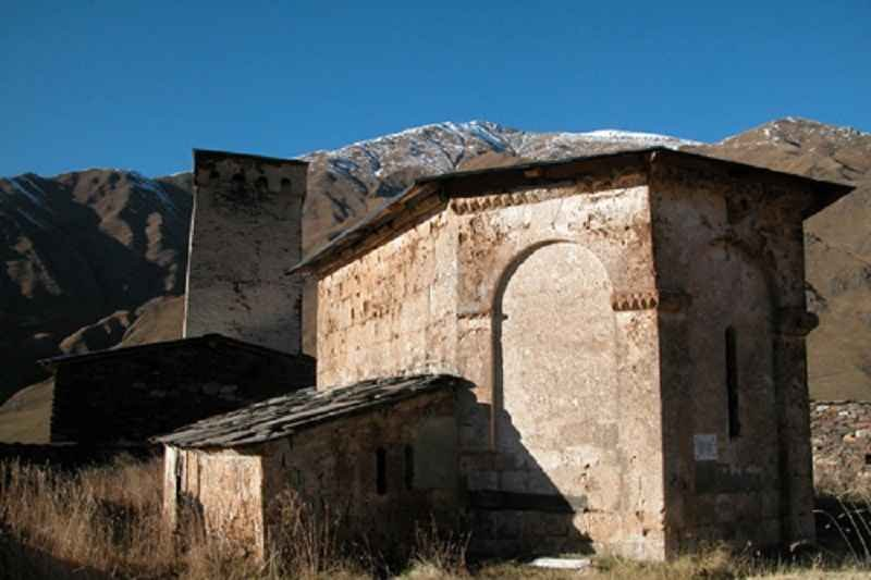 Фото церковь общины Ушгули. Грузия, Samegrelo-Zemo Svaneti, Zugdidi Jvari Mestia Lasdili
