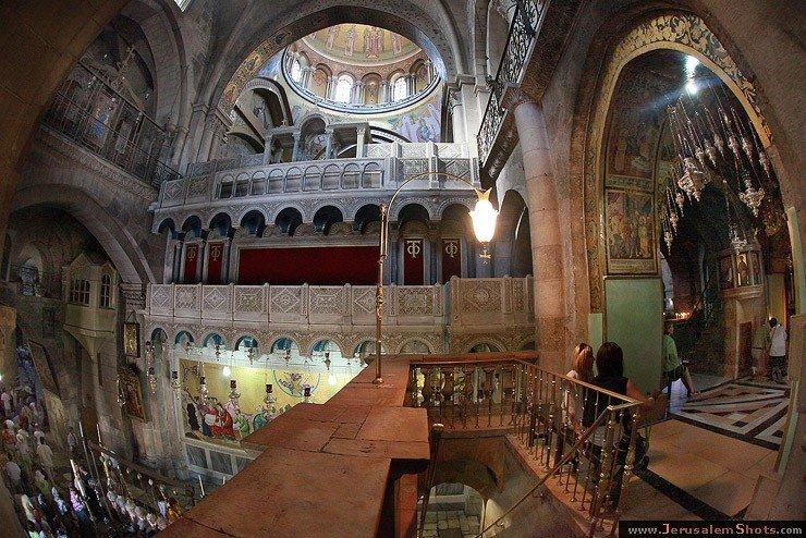 младше двух храм гроба господня православный основным