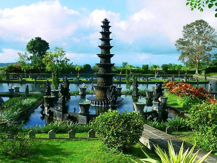 Фото Тирта Гангга. Индонезия, Бали, Jalan Ida Kt Djelantik