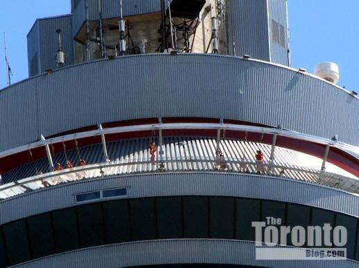 Фото прогулка по краю. Канада, Онтарио, Торонто, Олд Торонто, Фронт-стрит Запад, 301