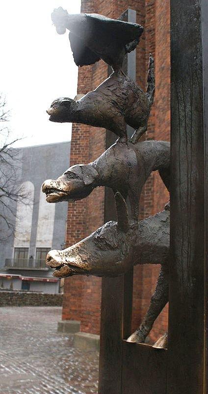 Фото Памятник Бременским музыкантам. Латвия, Rigas pilseta, Рига, Skarnu iela, 24