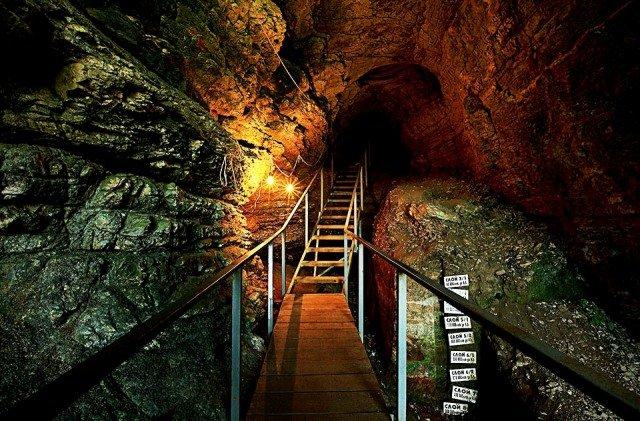 Фото Ахштырская пещера. Россия, Краснодарский край, А148